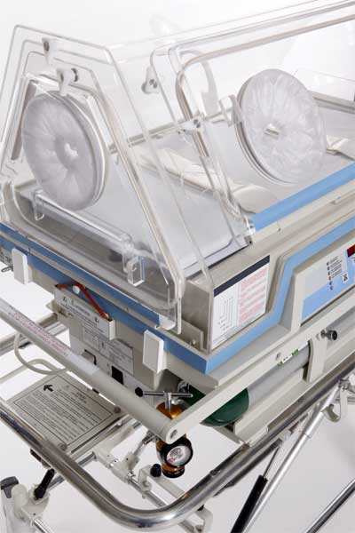 The humidicrib in the ICU at Alpine Animal Doctors