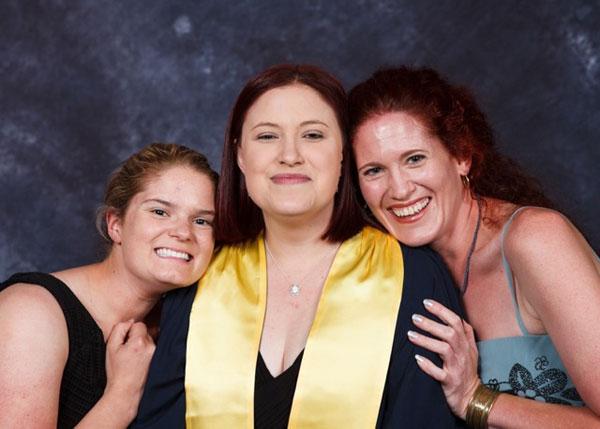 Vet Nurse Mary graduates in Cert IV